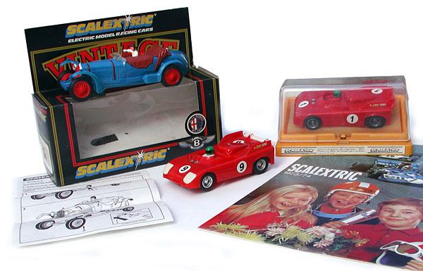 Scalextric - Alfa Romeo 8C 2300 Réf C306, Alfa-Roméo 33TT Réf C153 (moteur Super Compétition) et Réf C103 (moteur Standard)