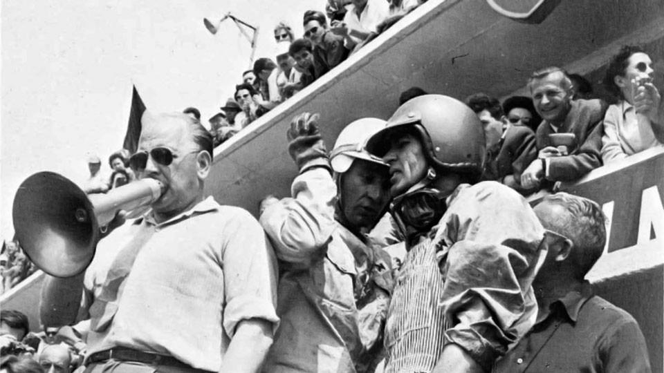 24 heures du Mans 1959 - Roy Salvadori , Caroll Shelby et Reg Parnell au porte-voix