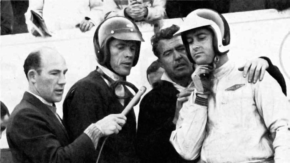 24 heures du Mans 1964 - Dan Gurney, Caroll Shelby, Bob Bondurant et au micro Stirling Moss