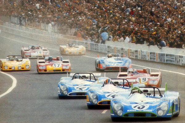 L'équipe Matra au départ des 24 heures du Mans 1972