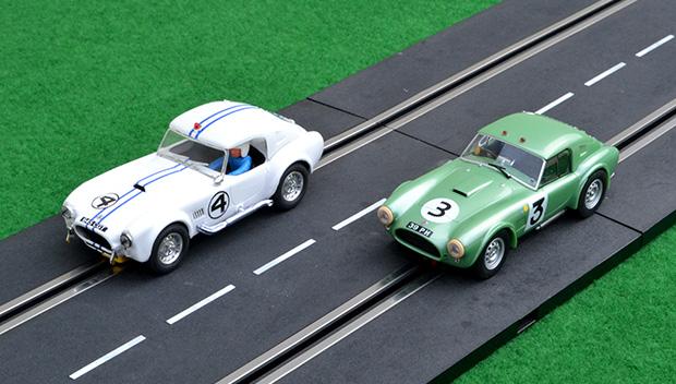 24 heures du Mans 1963 - Cobra #4 Reprotec et #3 Carrera