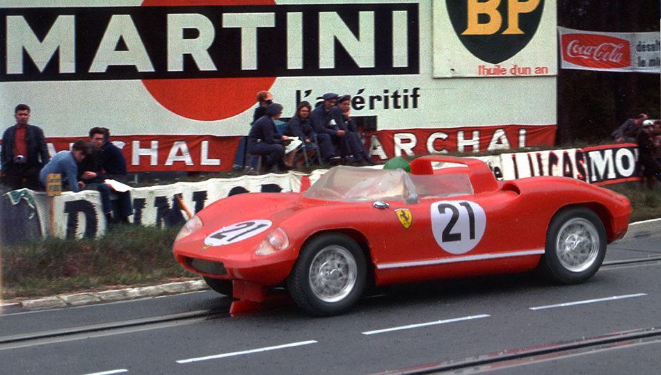 24 heures du Mans 1963 - Ferrari 250P #21 - Pilotes : Ludovico Scarfiotti / Lorenzo Bandini - 1er