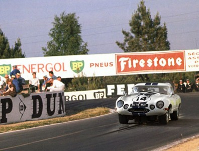 24 heures du Mans 1963 - Jaguar E lightweight #14 - Pilotes : Walt Hansgen / Augie Pabst - Abandon