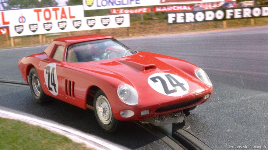 """24 heures du Mans 1964 - Ferrari 250 GTO #26 - Pilotes : Lucien Bianchi / Jean """"Beurlys"""" Blaton - 5ème"""