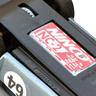 AC Cobra Revell - Le châssis et le moteur Ninco