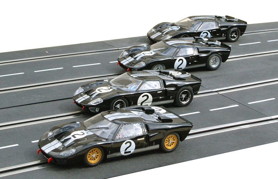 Ford MkII #2 : Scalextric, Fly et NSR