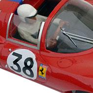 Dino 206S - Détails du pilote