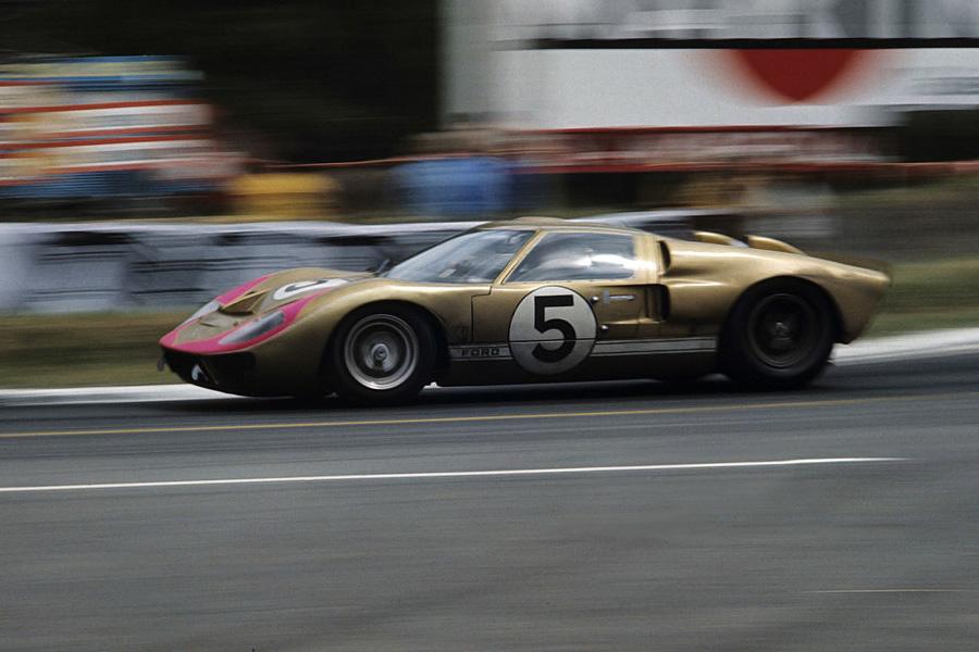 24 heures du Mans 1966 - Ford MkII #5 - Pilotes : Ronnie Bucknum /Richard 'Dick' Hutcherson - 3ème