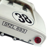 Porsche 910 - Détails du capot arrière