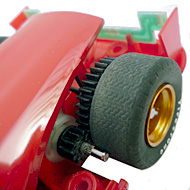 Ferrari 330 P4 - Le moteur transversal et l'éclairage arrière