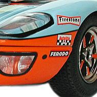 Ford GT40 Scalextric - Détails des roues et de la décoration à l'avant