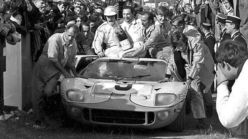 L'arrivée des 24 heures du Mans 1968
