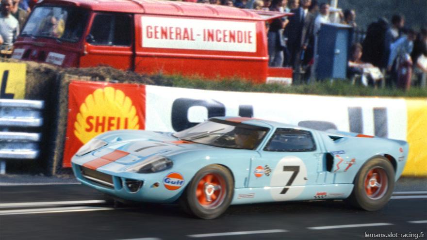 24 heures du Mans 1969 - Ford GT40 #7- Pilotes : David Hobbs / Mike Hailwood - 3ème