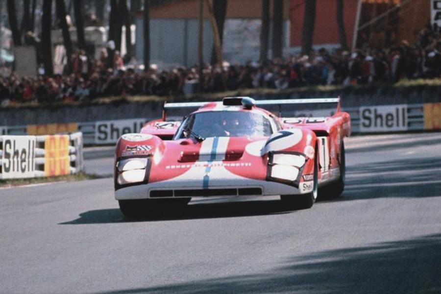 24 heures du Mans 1971 - Ferrari 512F #7 - Pilotes : Mike Parkes / Henri Pescarolo  - Abandon