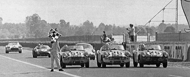 24 heures du Mans 1960 - Trois TR4 au départ, trois à l'arrivée