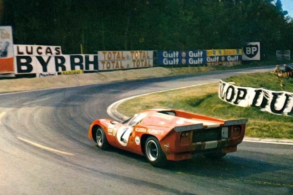Le virage d'Arnage aux 24 heures du Mans 1969