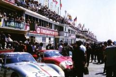 """24 heures du Mans 1963 - Ferrari 250P #25 - Pilotes : Pierre Dumay / """"Eldé"""" (Leon Dernier) - 4ème"""