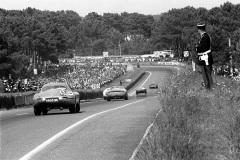 24 heures du Mans 1964 - Jaguar E Lightweight #16 - Pilotes : Peter Lindner / Peter Nocker - Abandon