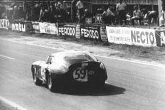 24 heures du Mans 1965 - Cobra Daytona #59 - Pilotes : Peter Harper / Peter Sutcliffe - Abandon