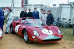 24 heures du Mans 1965 - Ferrari 365 P2 #17 - Pilotes : David Piper / Jo Bonnier - Abandon