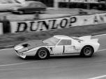 24 heures du Mans 1965 - Ford MkII #1 - Pilotes : Ken Miles / Bruce McLaren - Abandon24 heures du Mans 1965 - Ford MkII #1 - Pilotes : Ken Miles / Bruce McLaren - Abandon