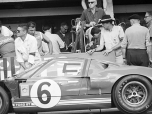 24 heures du Mans 1965 - Ford GT40 #6 - Herbert Müller / Ronnie Bucknum - Abandon