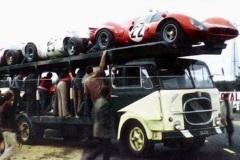 24 heures du Mans 1967 - Ferrari 412P #25 - Pilotes : Pedro Rodriguez / Giancarlo Baghetti - Abandon