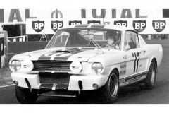 24 heures du Mans 1967 - Ford Mustang Shelby GT 350R #17 - Pilotes : Claude Dubois / Chris Tuerlinckx - Abandon