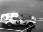 24 heures du Mans 1970 - Chevrolet-Corvette #1 - Pilotes : Joseph Bourdon / Jean-Claude Aubriet - Abandon