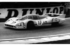 24 heures du Mans 1971 - Porsche 917 #17 - Pilotes : Joseph Siffert / Derek Bell - Abandon